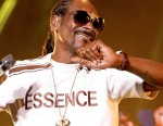 """Watch Snoop Dogg's """"Milk Crate Challenge"""" Play-by-Play Commentary"""