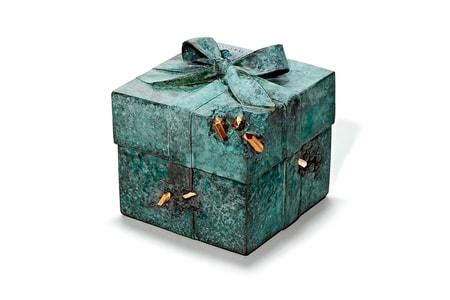"Daniel Arsham Brings His ""Future Relics"" Aesthetic to Tiffany & Co."