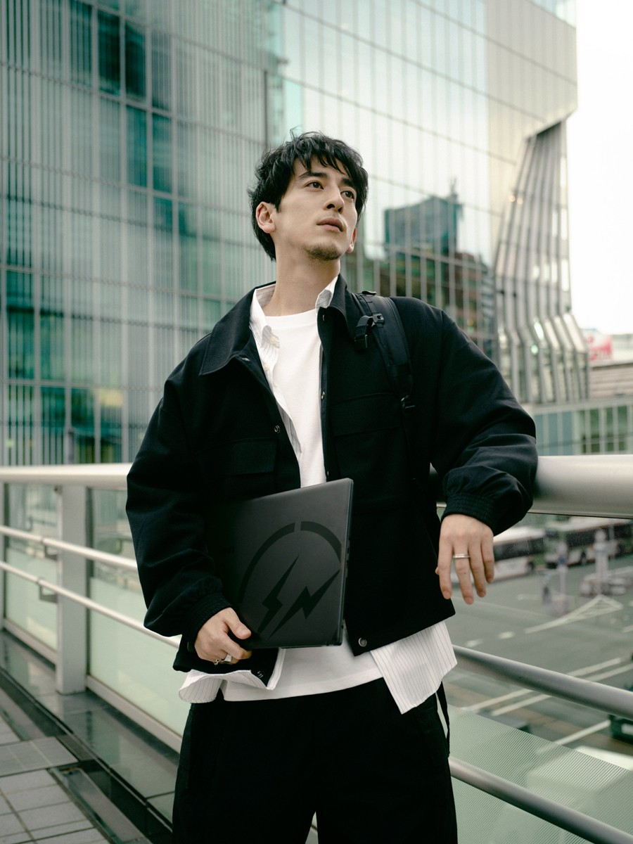 streetwear laptop computer creator slashie creatives japanes architecture skyline shadows