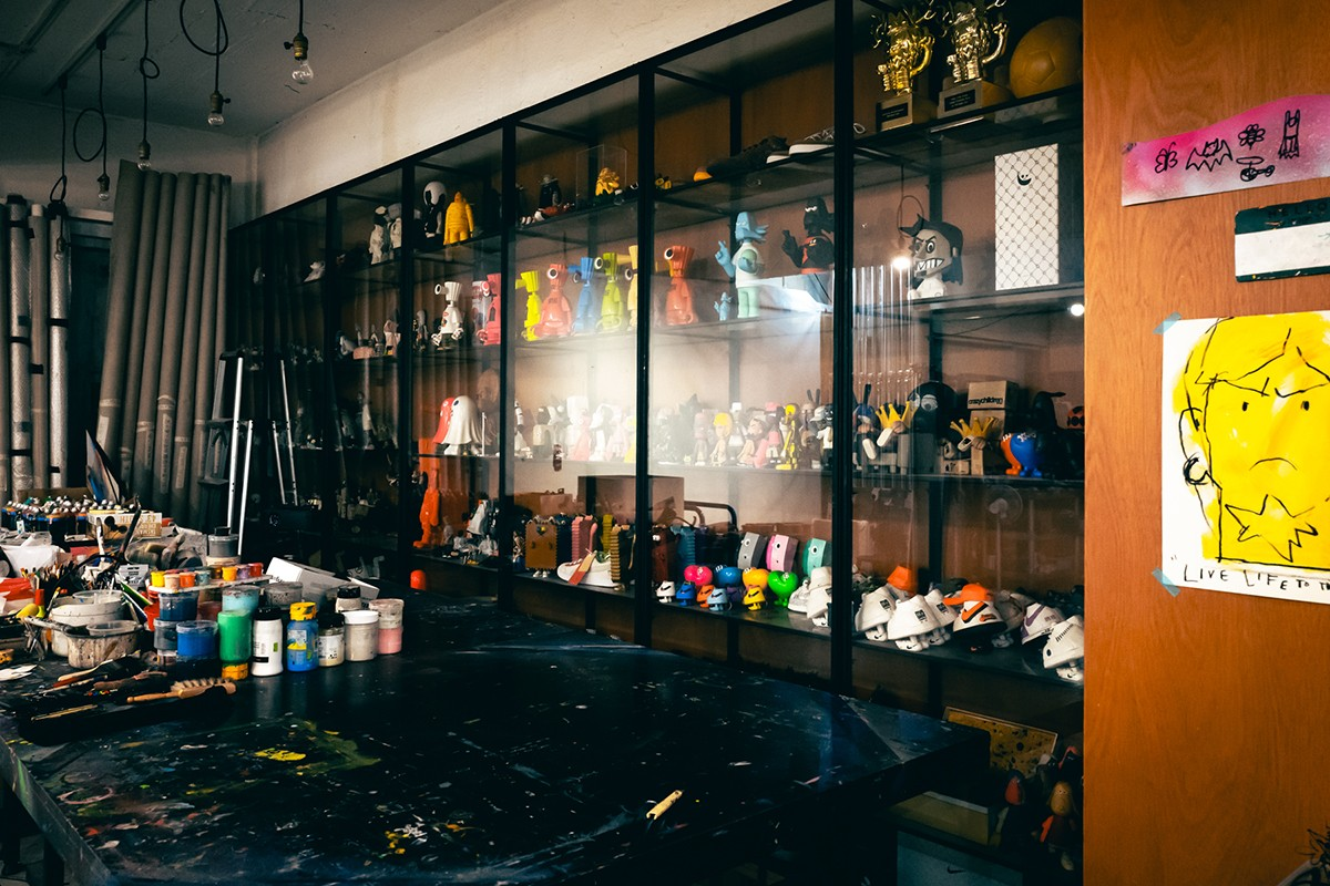 Michael Lau Studio Visits Interview Godfather of Designer Toys MAXX HEADROOM Exhibition Woaw Gallery