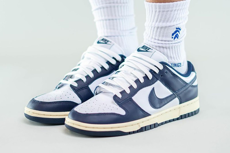 """On-Foot View of the Nike Dunk Low """"Aged Navy"""""""