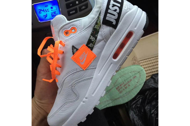 detailed pictures 02799 8ec29 Nike Air Max 1 Just Do It Blanc Orange Patch Broderie