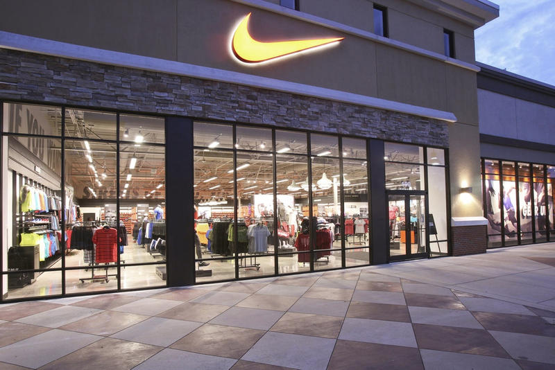 Faux Magasins Nike