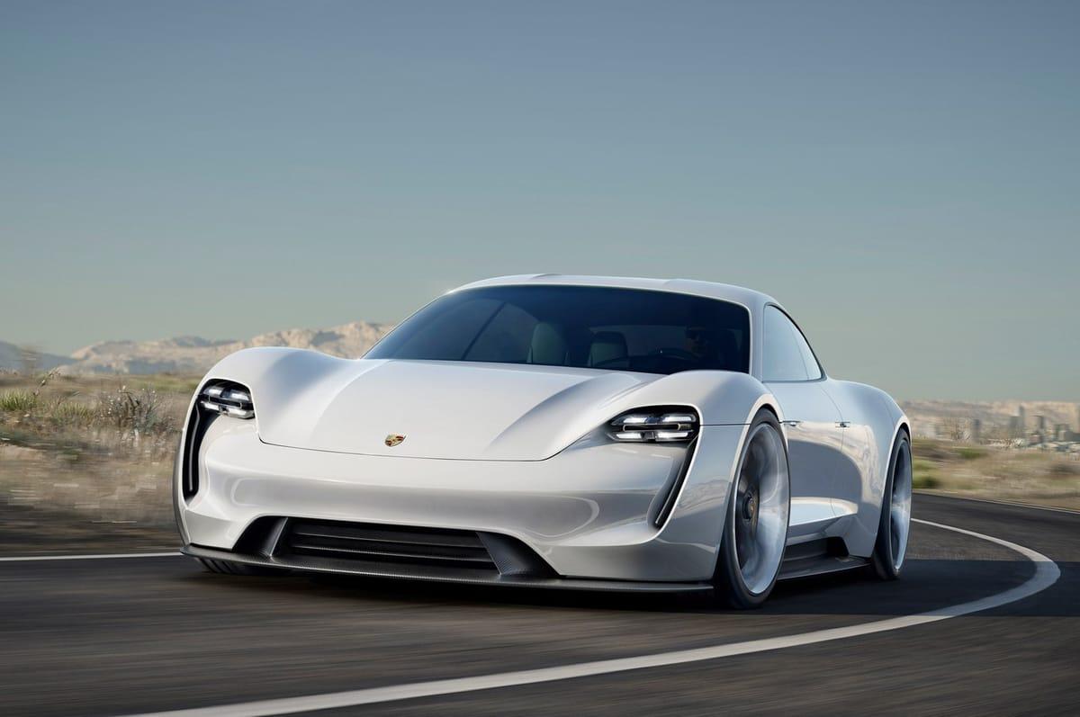 Voici À Quoi Ressemble La Première Porsche Électrique