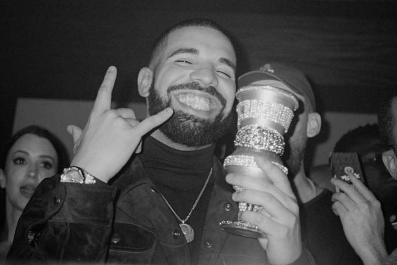 Drake Scorpion Streaming Milliard Record