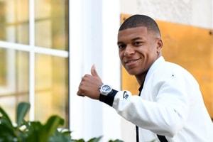Kanté En YEEZY, Mbappé En Off-White™ x Nike... Voici Les Looks Des Bleus Pour Leur Arrivée À Clairefontaine