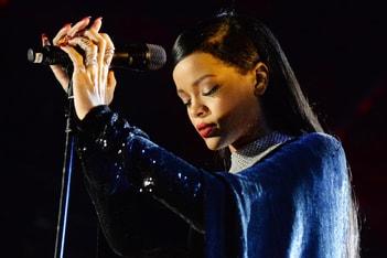 Picture of Rihanna A Refusé D'Assurer Le Show Du Super Bowl En Soutien À Colin Kaepernick