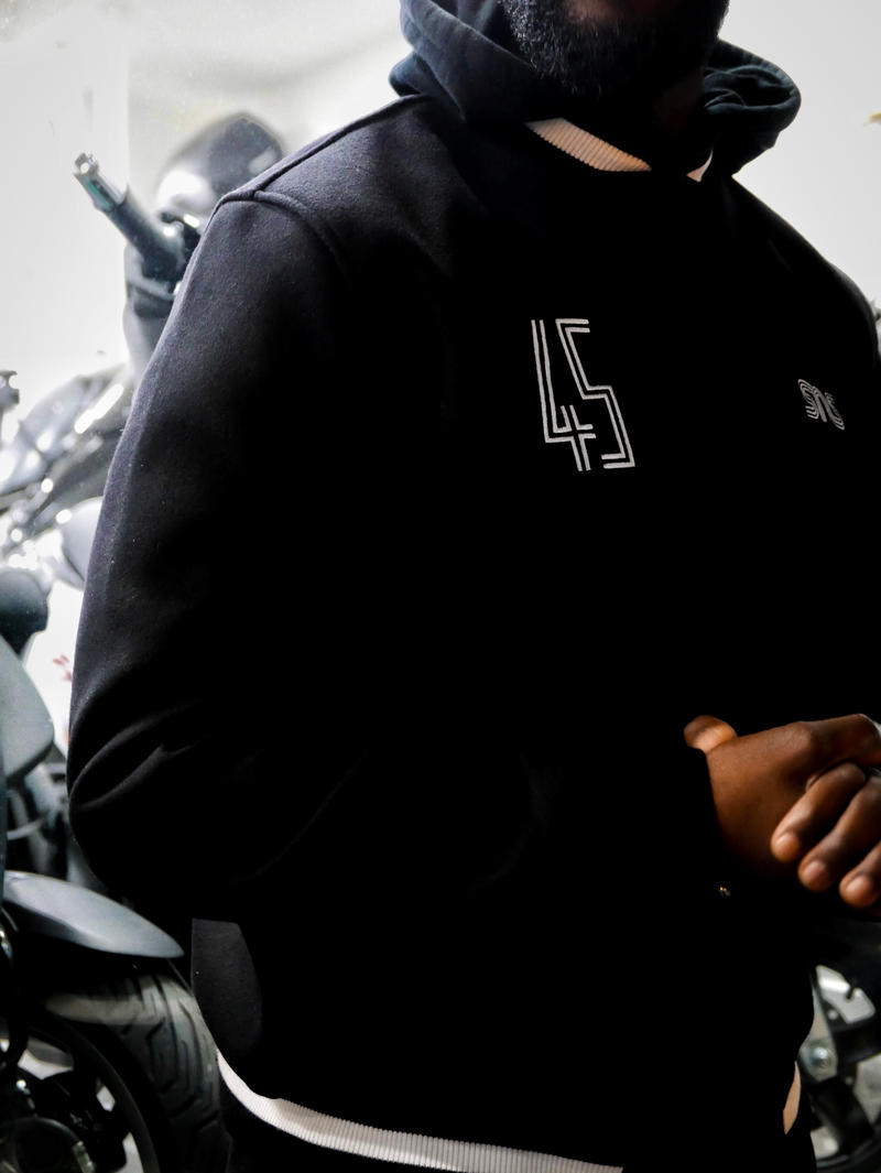 Sneakernstuff Paris Imagine Une Varsity Jacket Inedite Pour Le