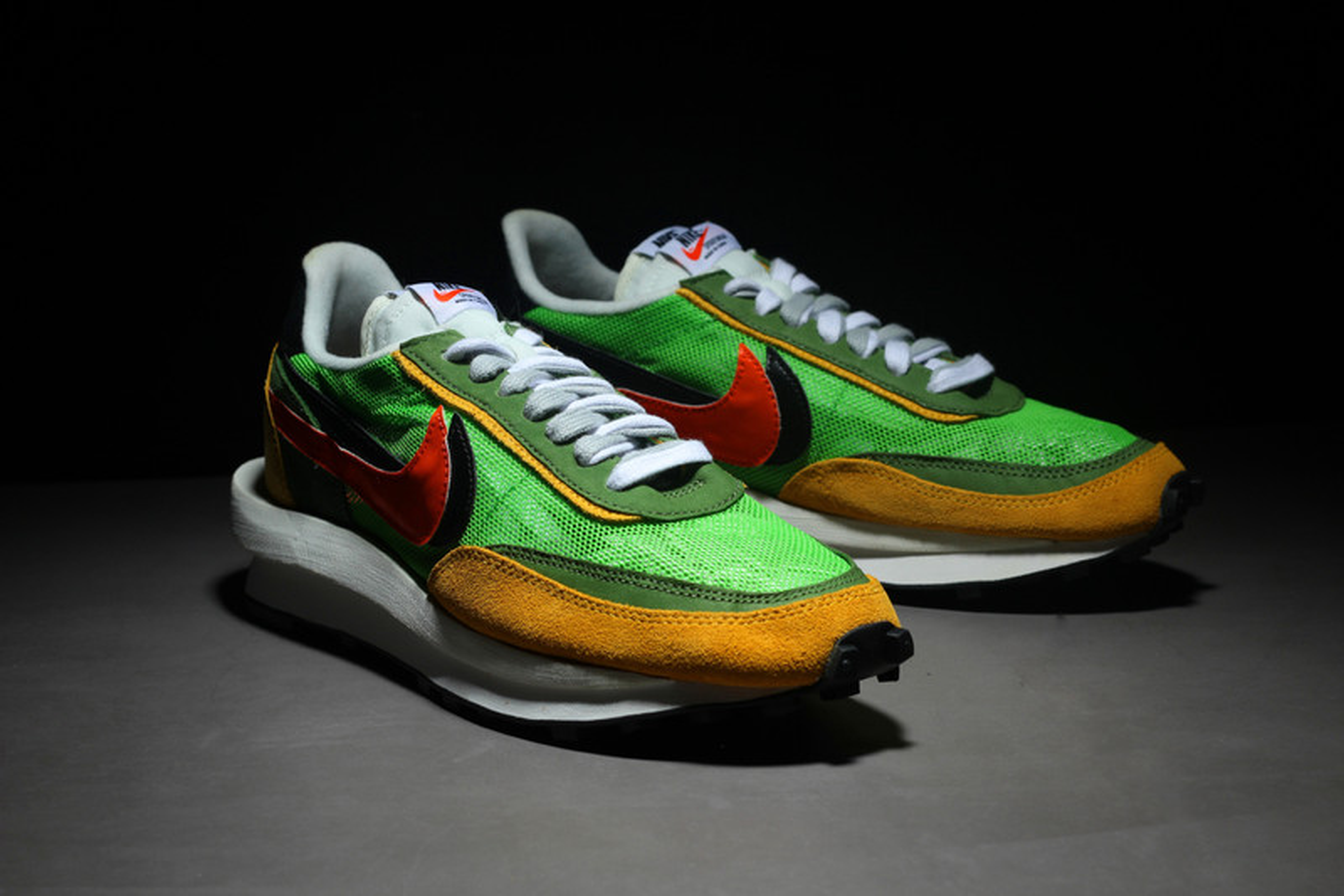 Un Aperçu Détaillé De La Seconde Sneaker Issue De La Collaboration Entre sacai Et Nike