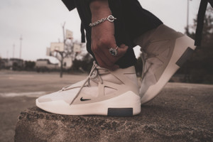 Un Nouveau Regard Sur La Nike Fear of God