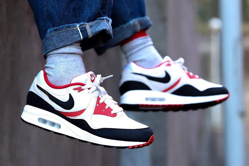 Photo Nike Air Max Light