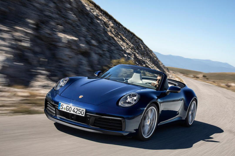 Porsche 911 Carrera Cabriolet Photos