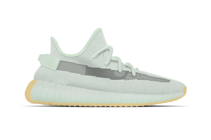 """Photo YEEZY BOOST 350 V2 """"Hyperspace"""""""