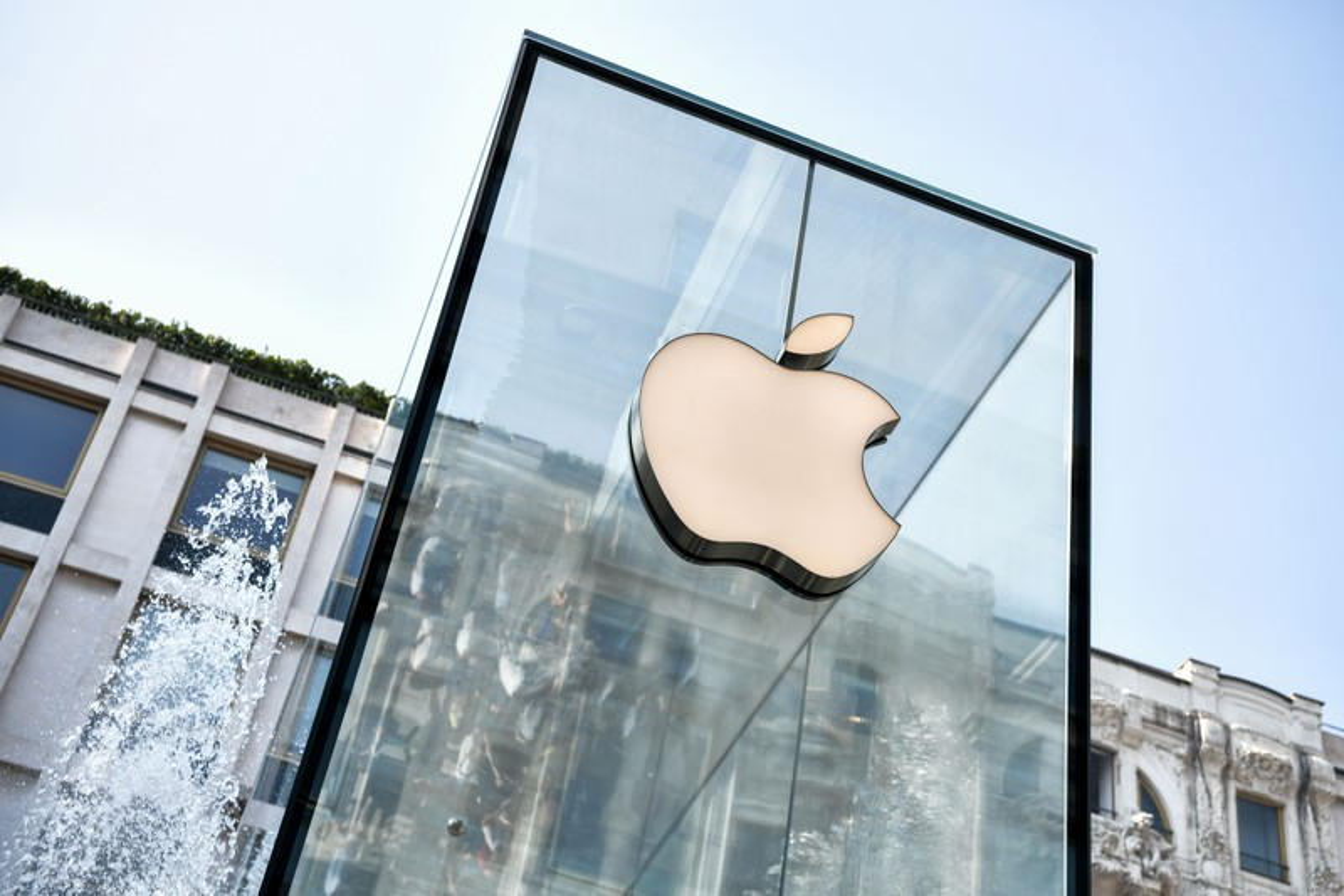 Accusé à tort de vol par Apple, un étudiant lui réclame 1 milliard de dollars