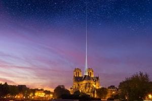 Flèche en crystal, toit-verrière... Les projets de reconstruction de Notre-Dame imaginés