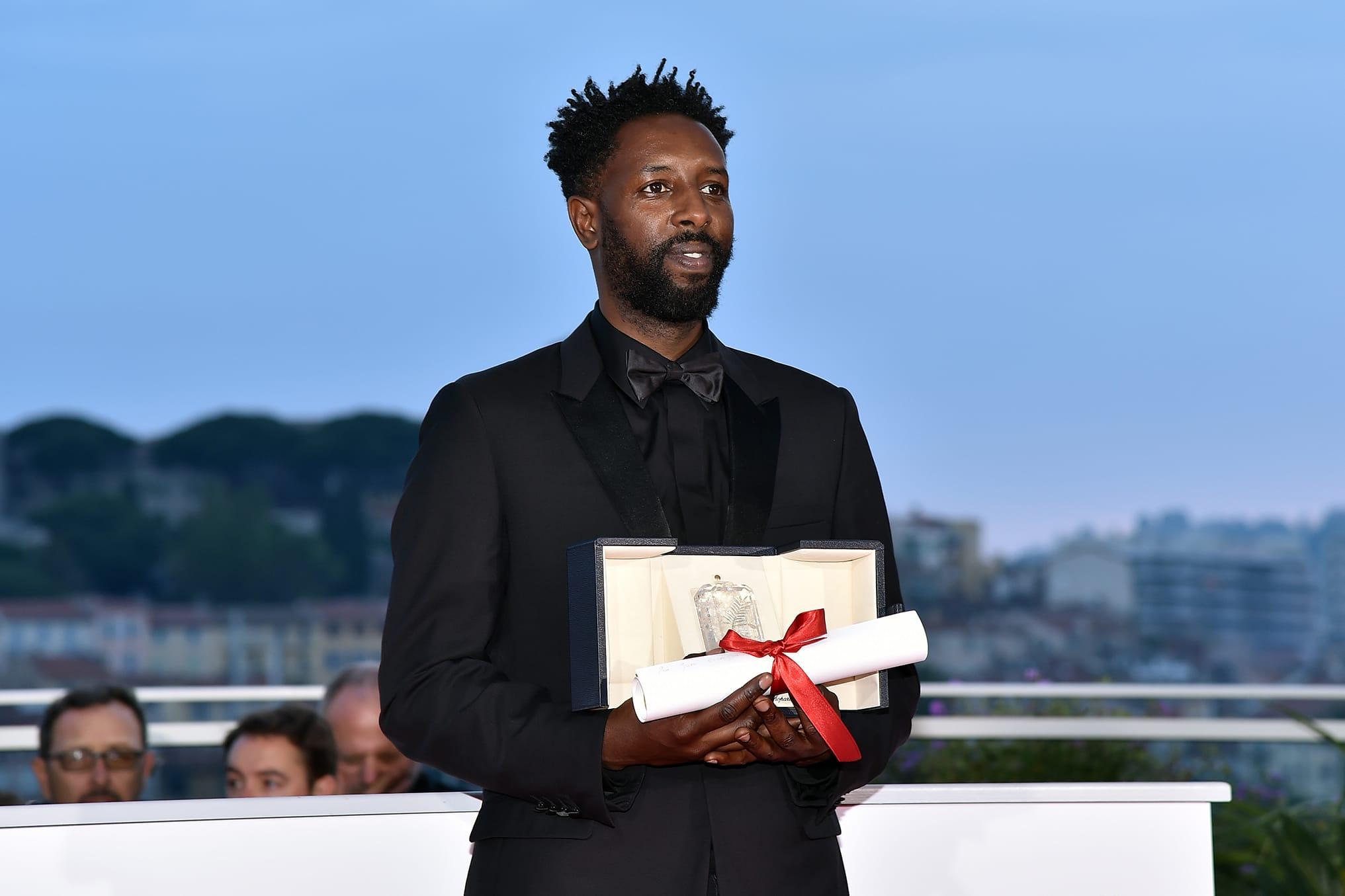 """""""Je dédie ce film à tous les misérables de France"""" - Ladj Ly remporte le Prix du Jury à Cannes"""