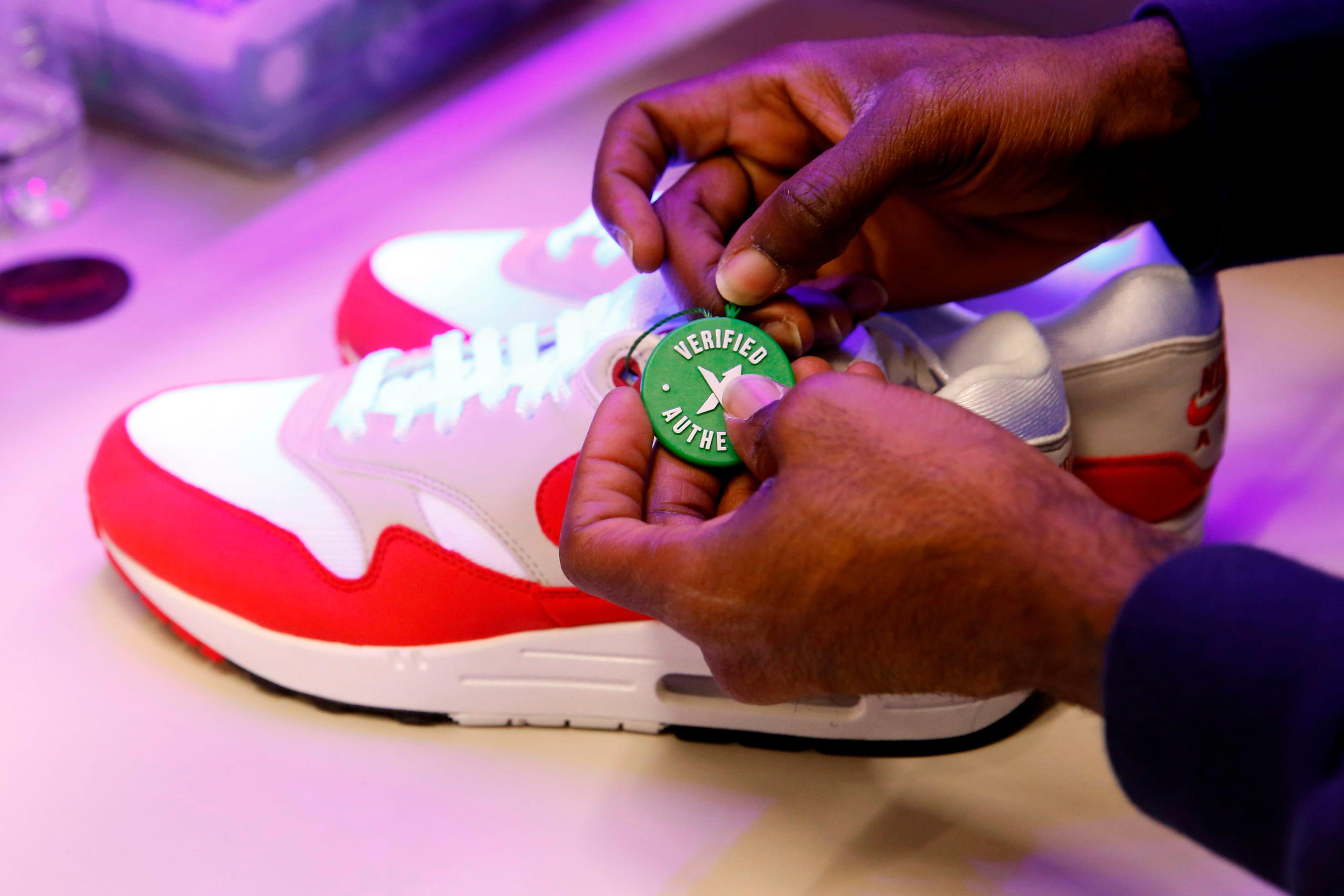 """La """"bourse des sneakers"""" StockX va bientôt ouvrir son premier shop physique"""