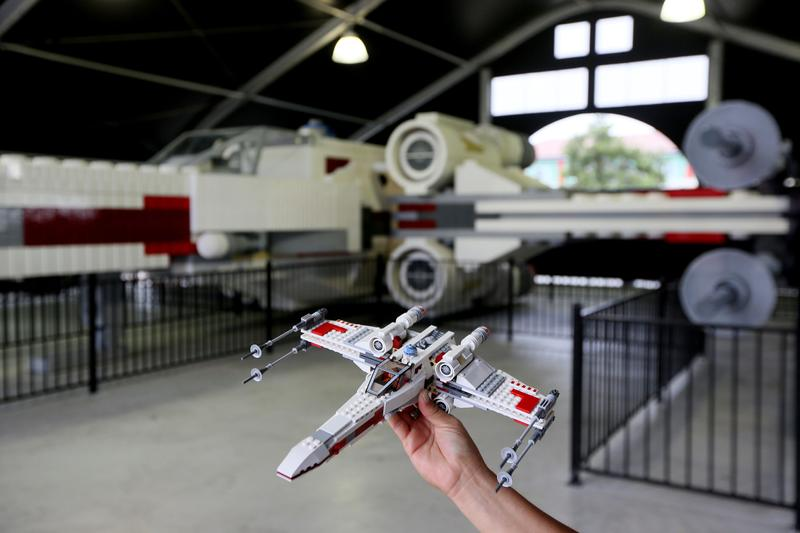 LEGO Star Wars x-wing taille reelle paris