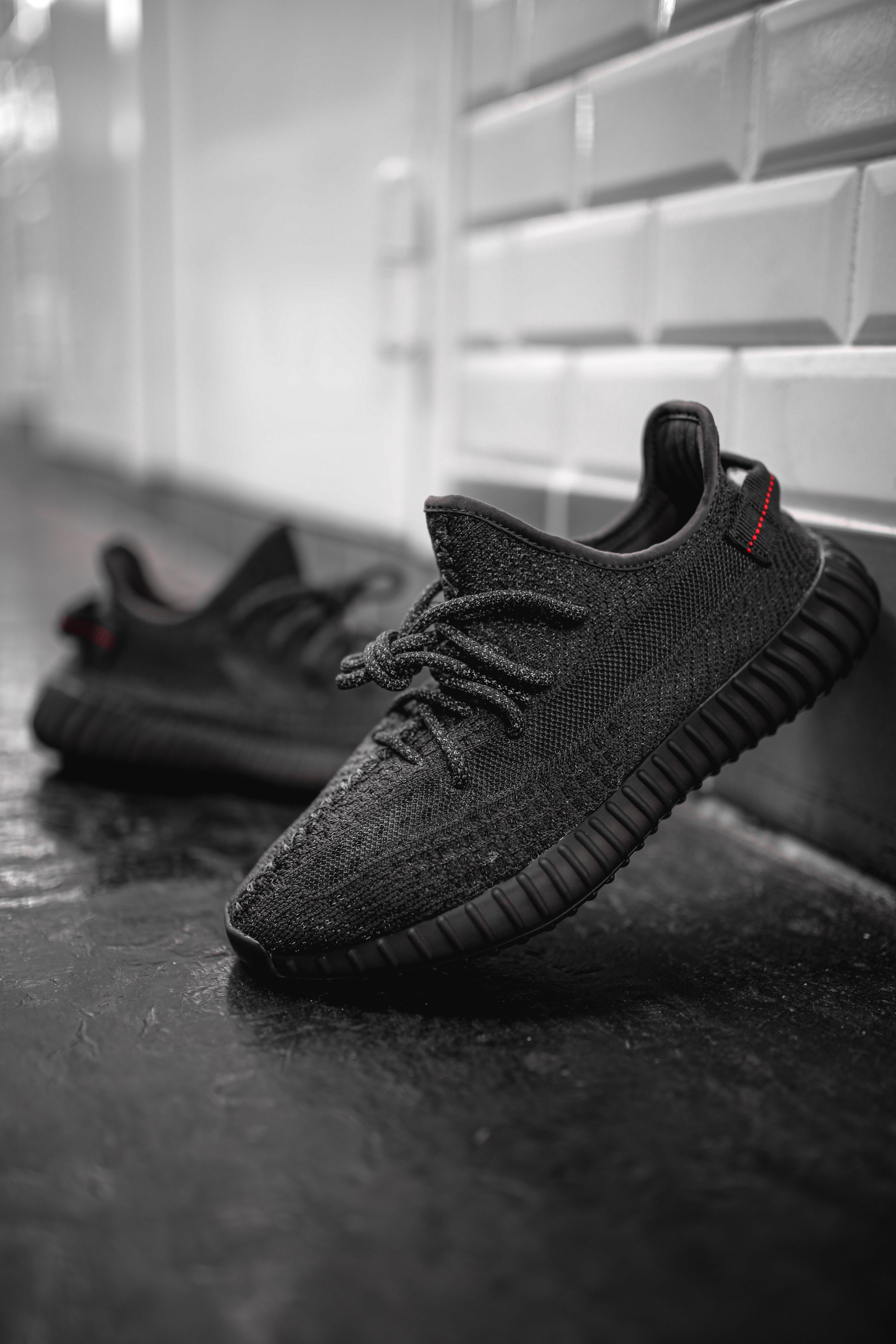 yeezy boost 350 v2 static noir