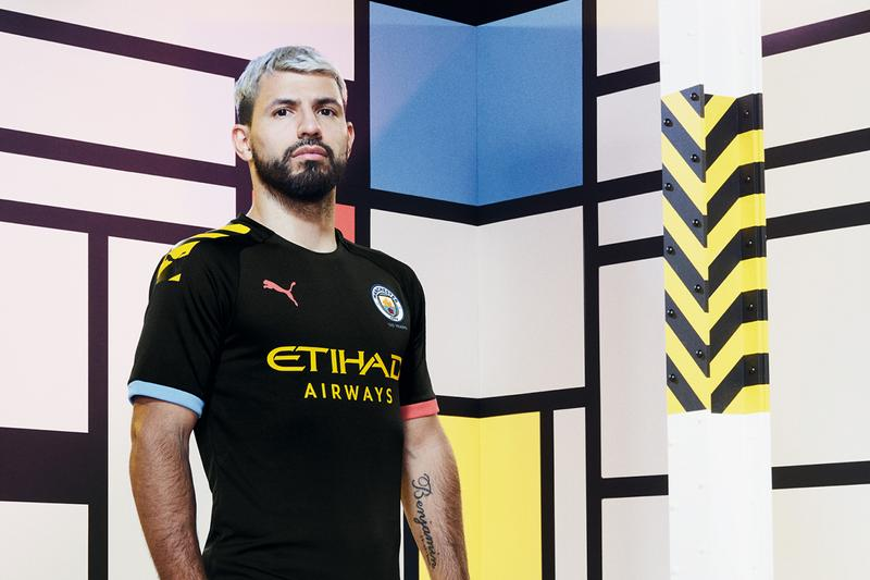 Photo Manchester City maillots 2020