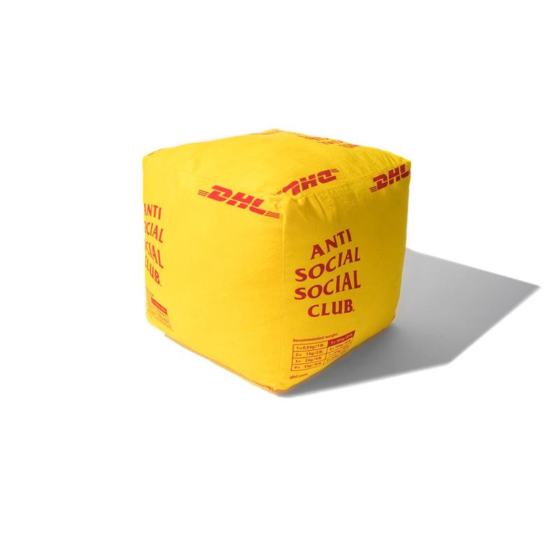 Photo Anti Social Social Club x DHL