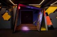 Plongez dans la boîte de nuit parisienne designée par Virgil Abloh