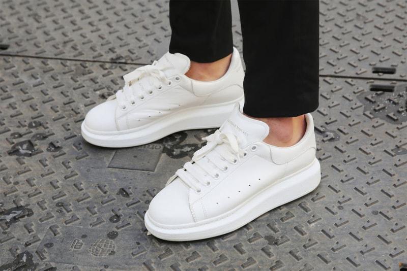 """Et la sneaker la plus recherchée de l'année est... le modèle """"Oversize"""" d'Alexander McQueen"""