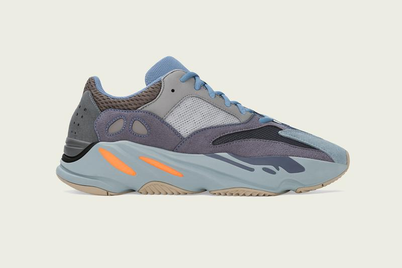 YEEZY BOOST 700 Carbon BLue