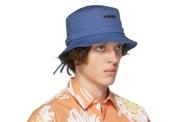 Jacquemus droppe une nouvelle sélection de chapeaux et casquettes
