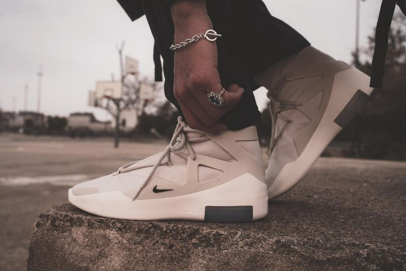 "Photo Nike Air Fear of God 1 ""Black Suede"""