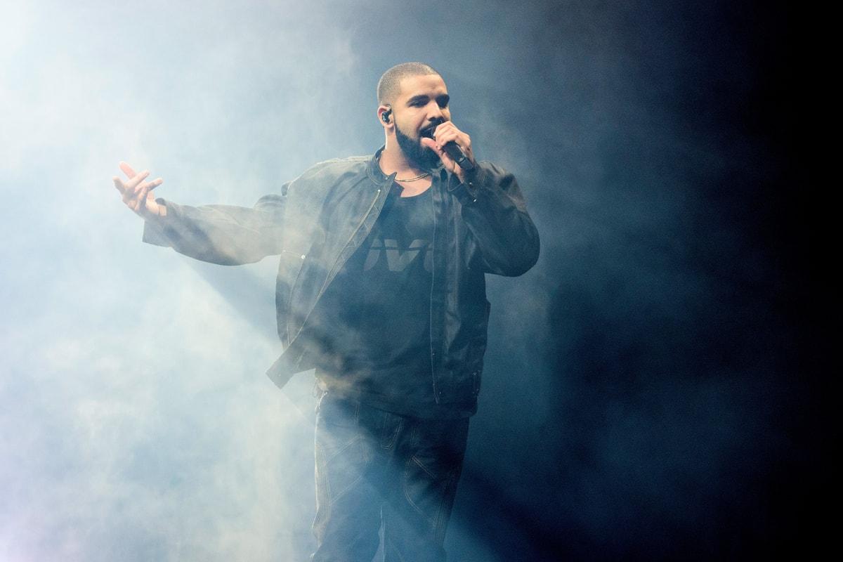 Drake présente pour la toute première fois son fils en photos