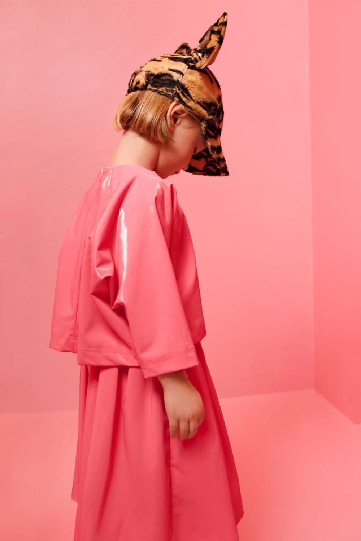 Caroline Bosmans Original Fake 2017 Fall Winter Collection Pink