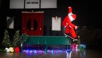 SANTA PUD'S -- Merry Christmas Light Show