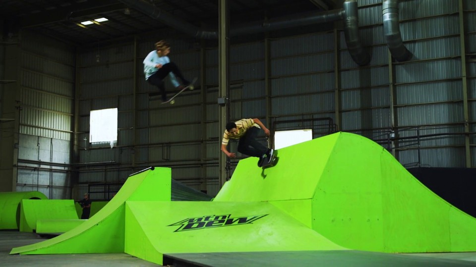 CHECK OUT THIS 'MODERN LINES' BONUS VIDEO WITH THE MTN DEW RIDERS
