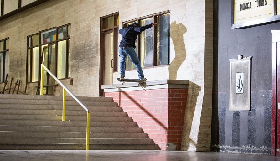 Ryan Davis Vs. The Out-Ledge
