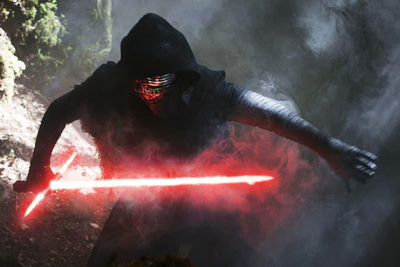 為何《Star Wars》中的大奸角 Kylo Ren 要戴頭盔?