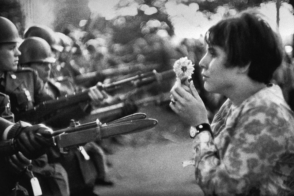 日本花卉藝術家 Azuma Makoto 為 The Mass 策劃戰爭主題攝影展