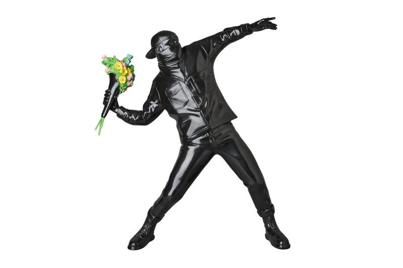 Medicom Toy x Brandalism 全新黑色版 Banksy「Flower Bomber」人偶登場