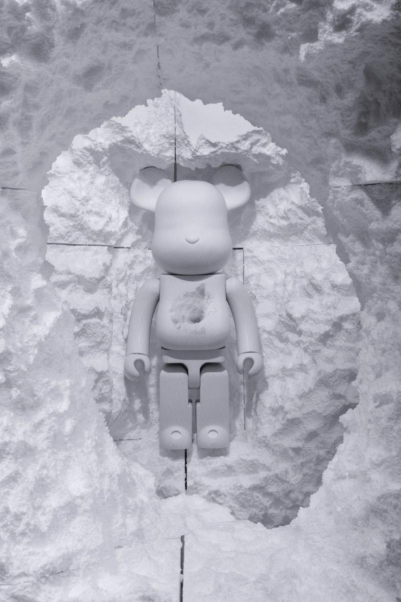 BLACkRAINBOW Agency 攜手 Snarkitecture 打造別注限定 1000% BE@RBRICK