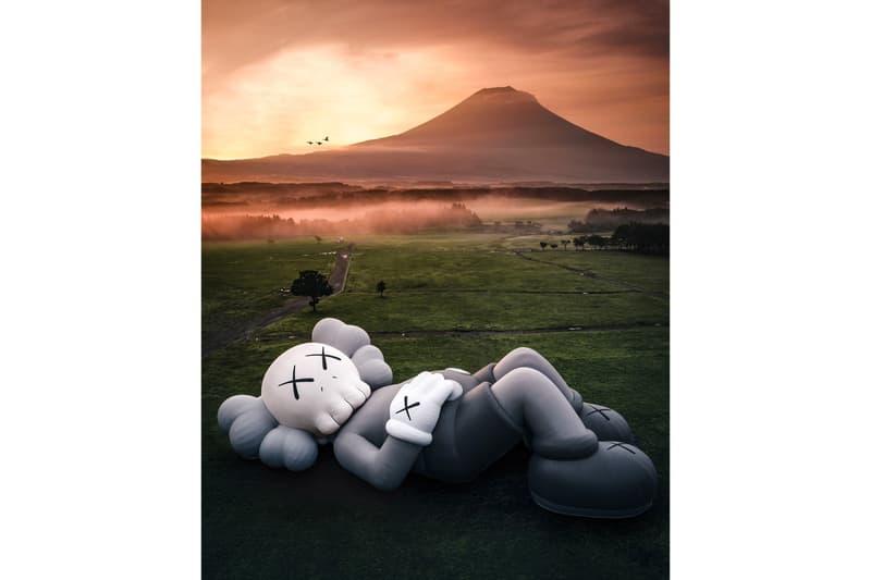「KAWS:HOLIDAY」最新日本富士山站正式登場