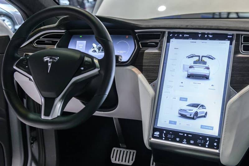 Elon Musk 宣佈 Tesla 將加入 Netflix 和 YouTube 等影音串流服務