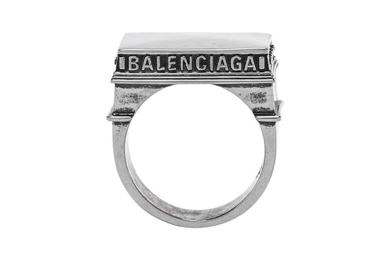 Balenciaga 推出致敬「巴黎凱旋門」別注戒指