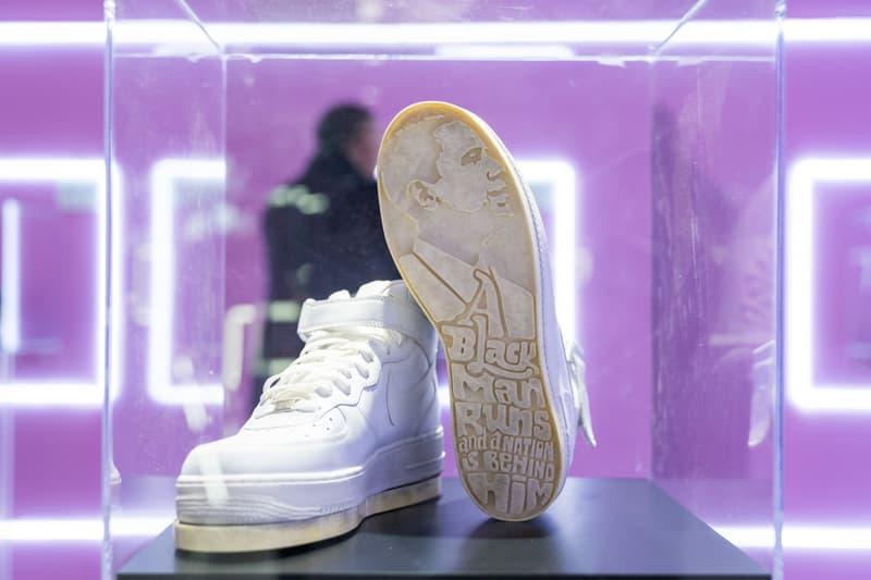 垄上艺术携手 Phillips 拍卖行举行 《Tongue + Chic 街头密码》球鞋艺术展