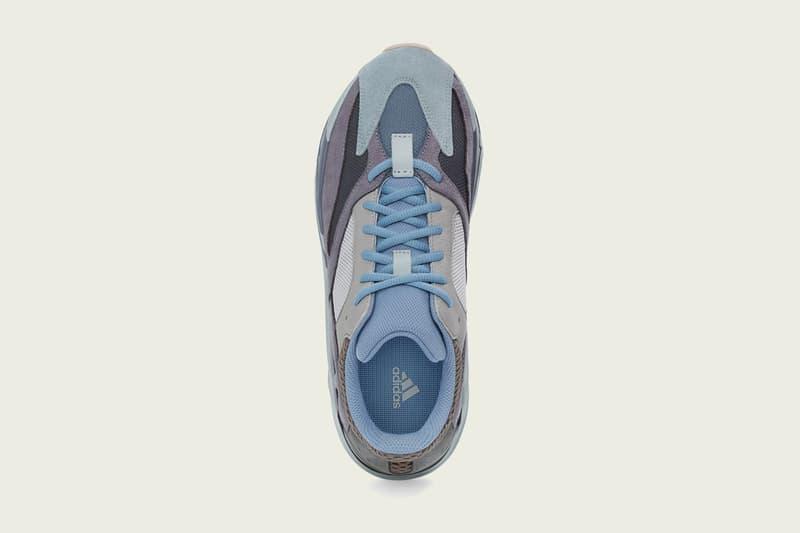 YEEZY BOOST 700 最新配色「CARBON BLUE」正式登場