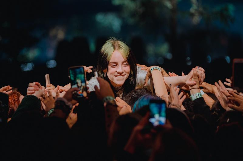 Billie Eilish 担任 Apple Music Awards 表演嘉宾
