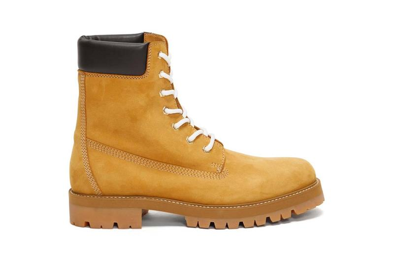 Vetements 推出要價 $1,200 美元絨面工靴