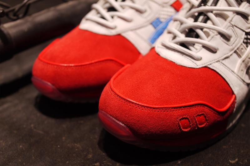 ASICS 与 MitaSneakers创意总监国井荣之携手带来三十周年纪念之作