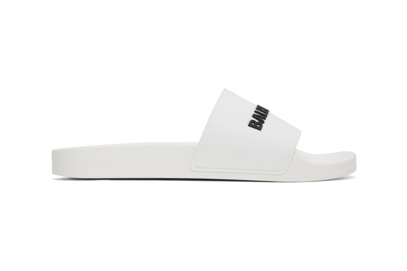 Balenciaga 推出全新黑白兩色泳池用拖鞋