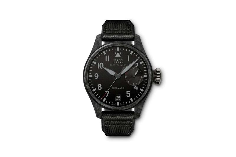 IWC 推出全新 Big Pilot「Black Carbon」腕錶