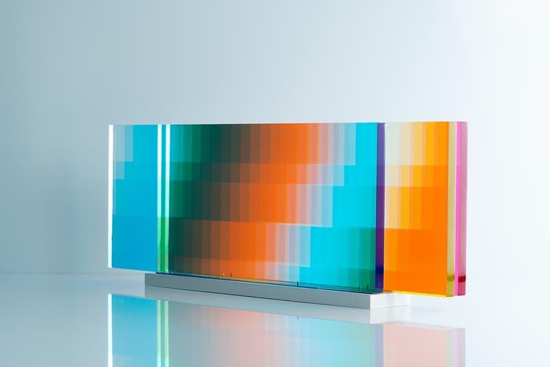 Felipe Pantone 推出全新互動式光影藝術作品《MANIPULABLE 3》
